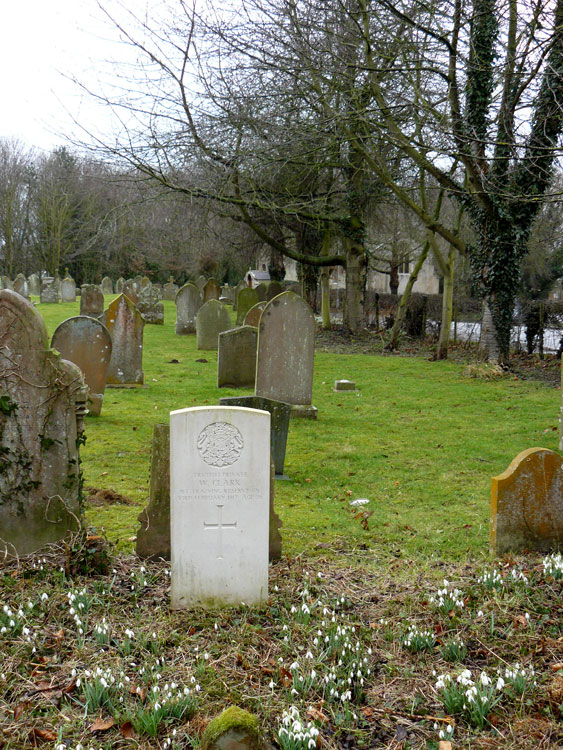 The grave of Private Walter Clark in Bilsby (Holy Trinity) Churchyard