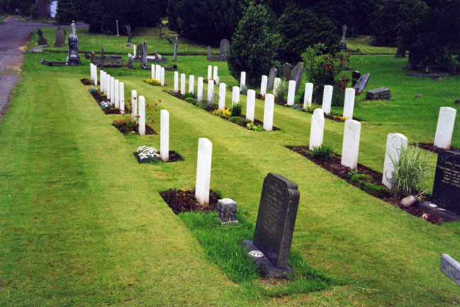 A photograph of Commonwealth War Graves in Newport (St. Woolo's) Cemetery from the Commonwealth War Graves website