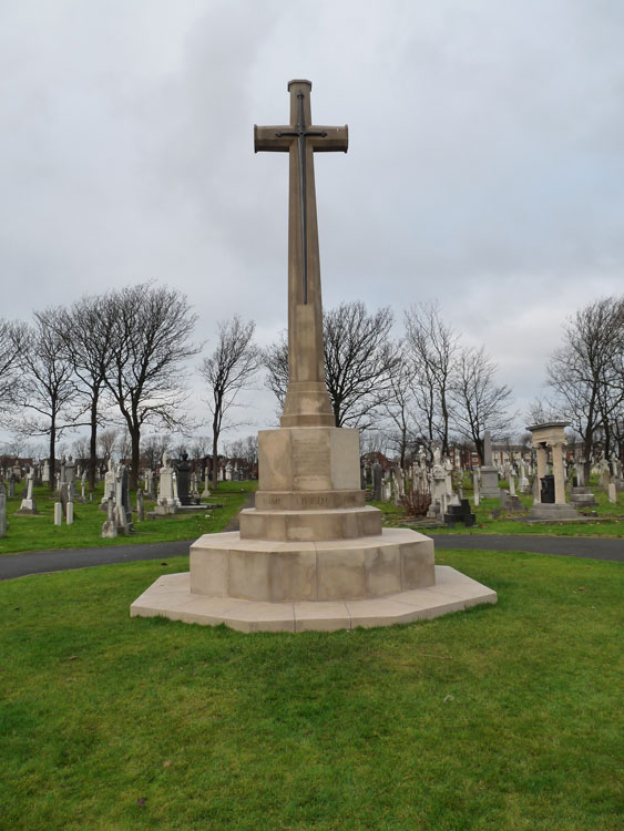 The Cross of Sacrifice in Blackpool (Layton) Cemetery