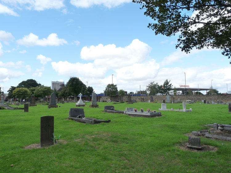 Private Long's headstone, - left foreground, in Newcastle-upon-Tyne (Byker and Heaton) Cemetery