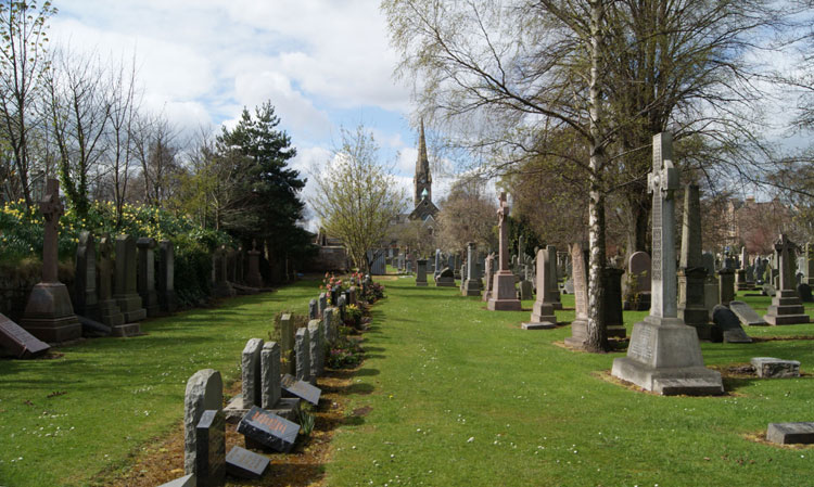 A general view of Edinburgh Grange Cemetery