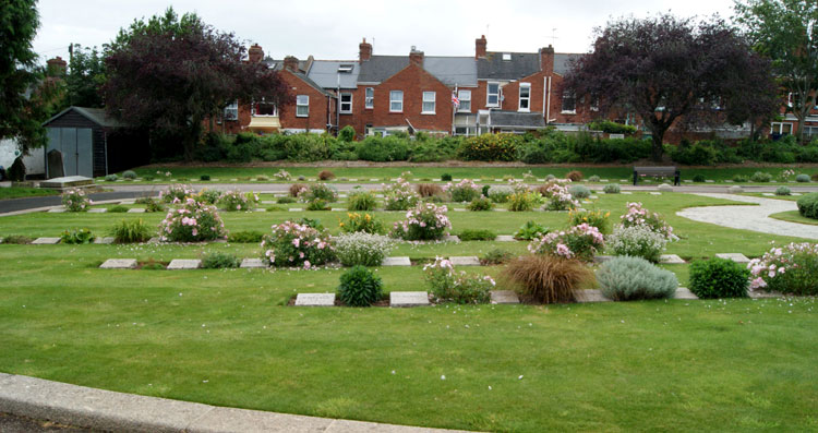The First World War Graves by the Memorial in Exeter Higher Cemetery