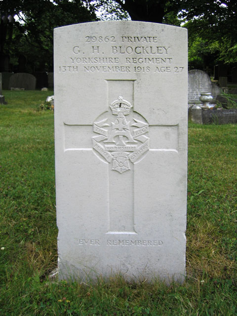 The grave of Private G H Blockley, 13th Battalion Yorkshire Regiment, in Leicester (Gilroes) Cemetery