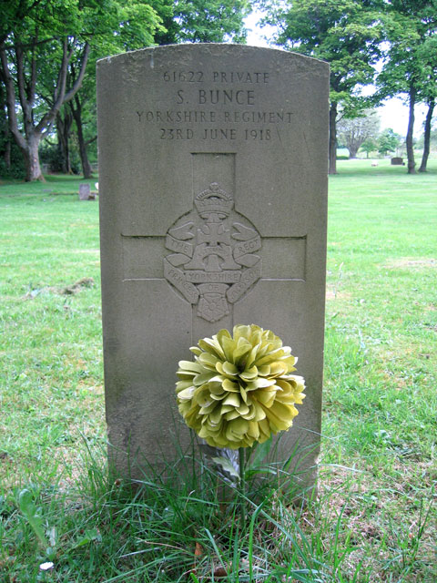 The grave of Private Silas Bunce