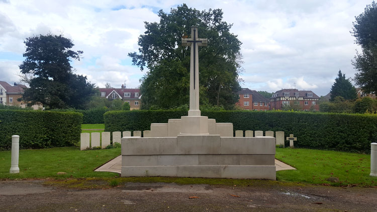 The Cross of Sacrifice, Screen Walls, and First World War Burials, - Hendon Cemetery & Crematorium