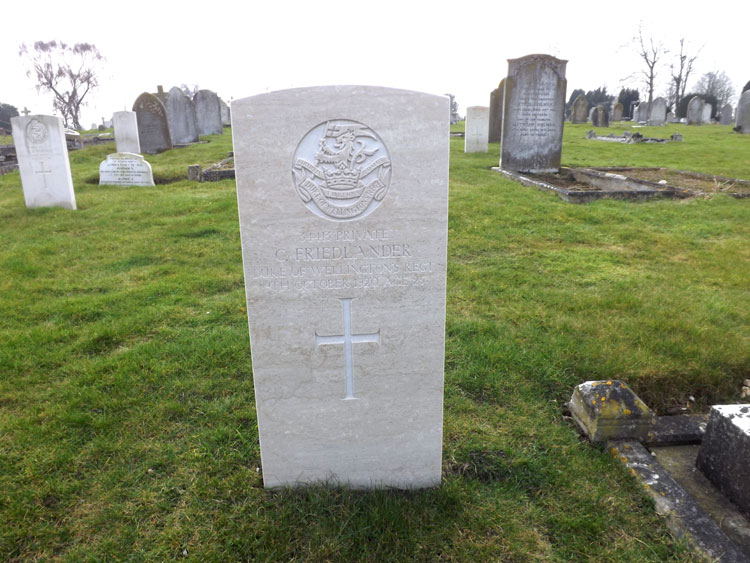Private Friedlander's headstone in Newmarket Cemetery