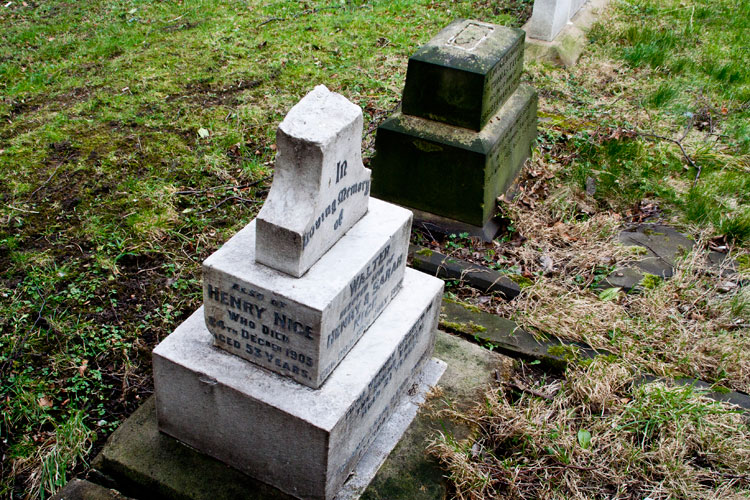 The family headstones for Privates Walter Nice and Thomas Taylor in Langley Park (All Saints') Churchyard