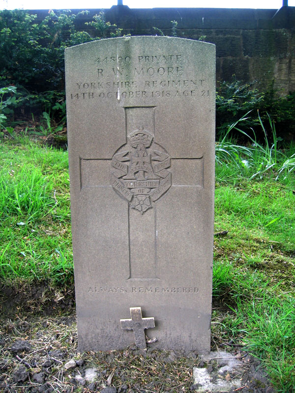 The grave of Private Robert William Moore